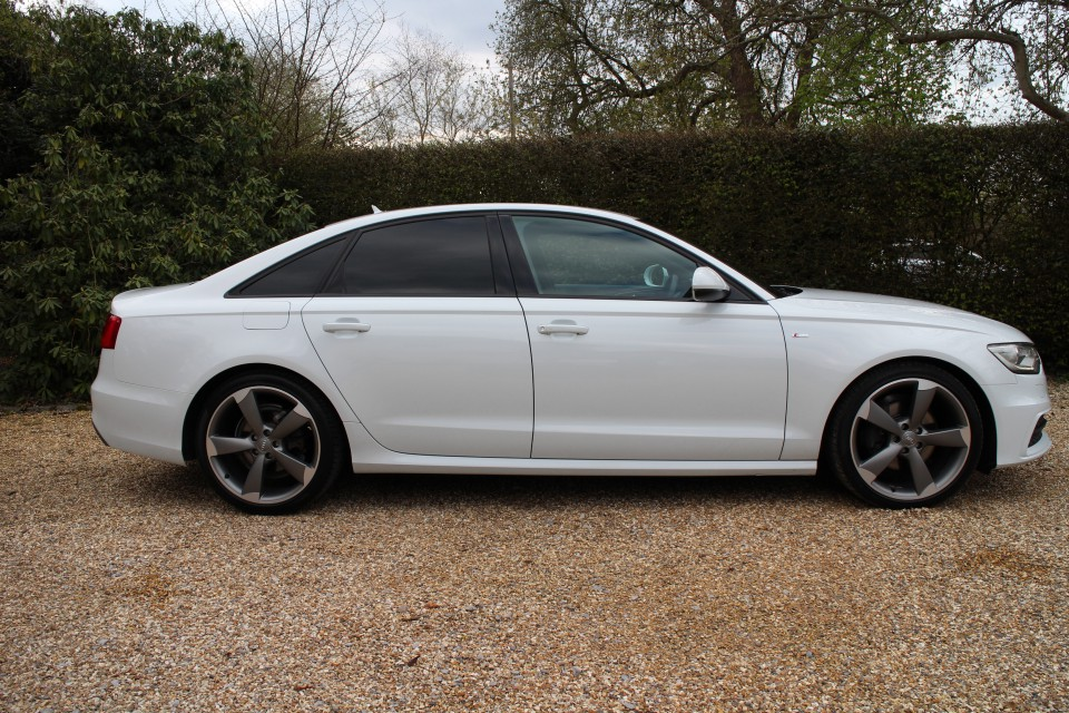 audi a6 saloon 2 0 tdi black edition 4dr hedinghams. Black Bedroom Furniture Sets. Home Design Ideas